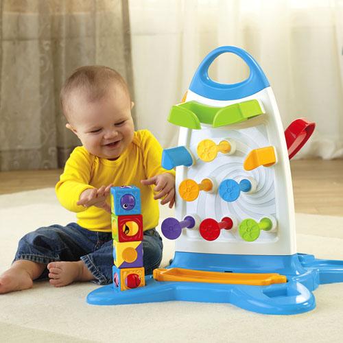 اسباب بازی های نوزادان از تولد تا شش ماهگی