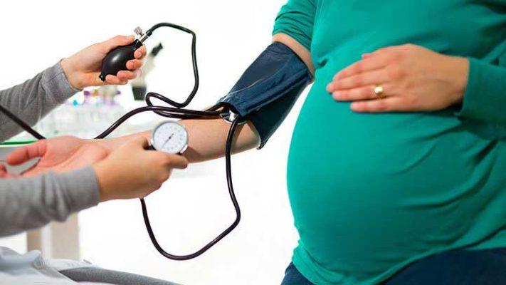 عوارض فشار خون بالا در بارداری