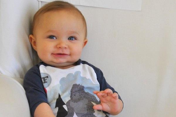 تغییرات نوزاد در شش تا نه ماهگی