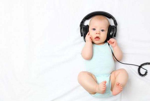 تکامل قدرت شنوایی نوزاد چجوریه؟