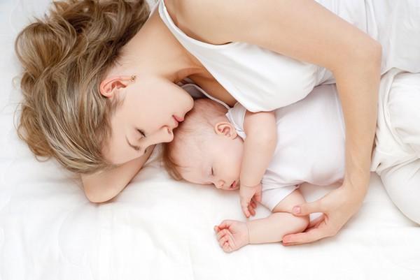 راه های خوب خوابیدن نوزاد